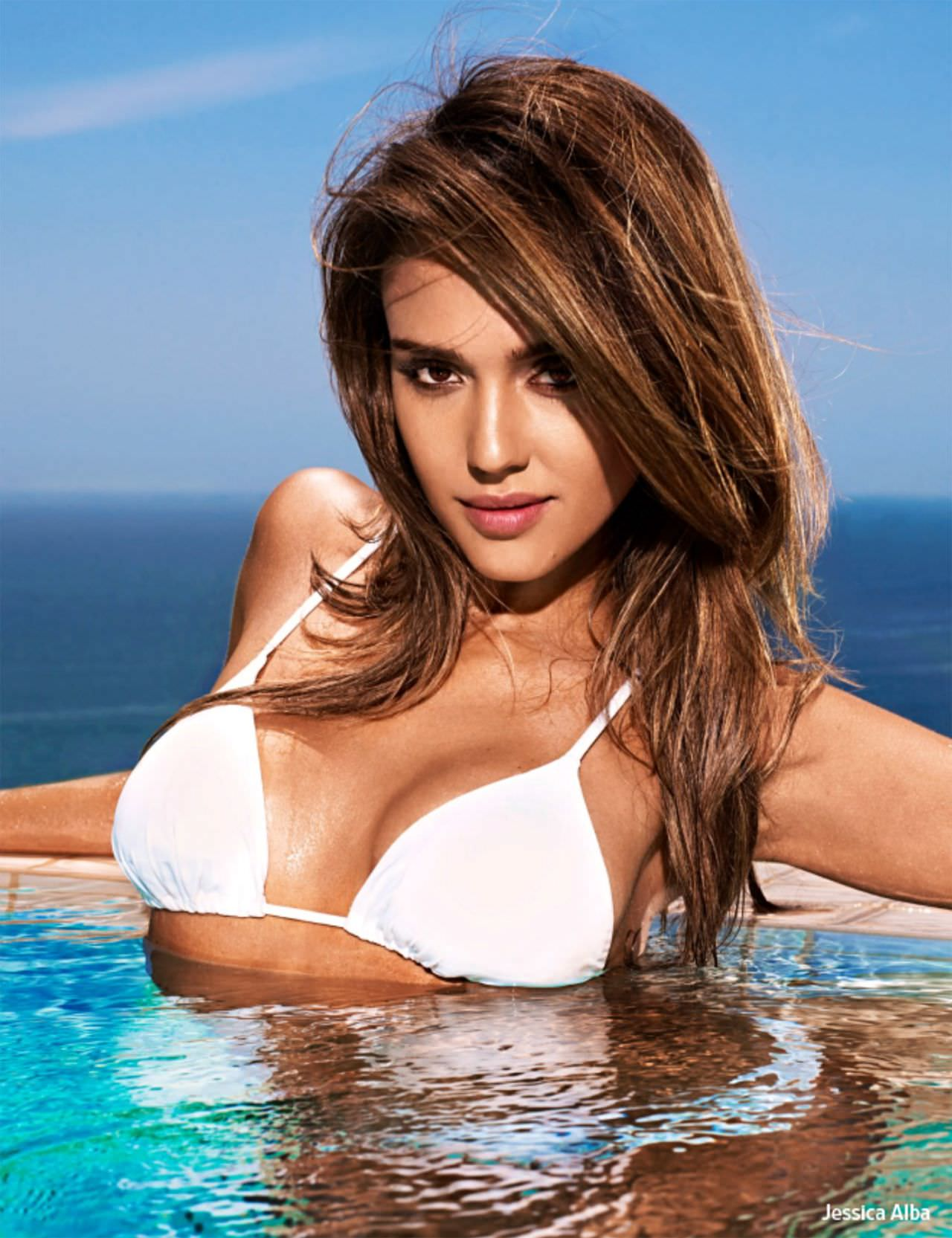 jessica-alba-in-a-bikini-entertainment-weekly-magazine-may-june-2014-issue_9