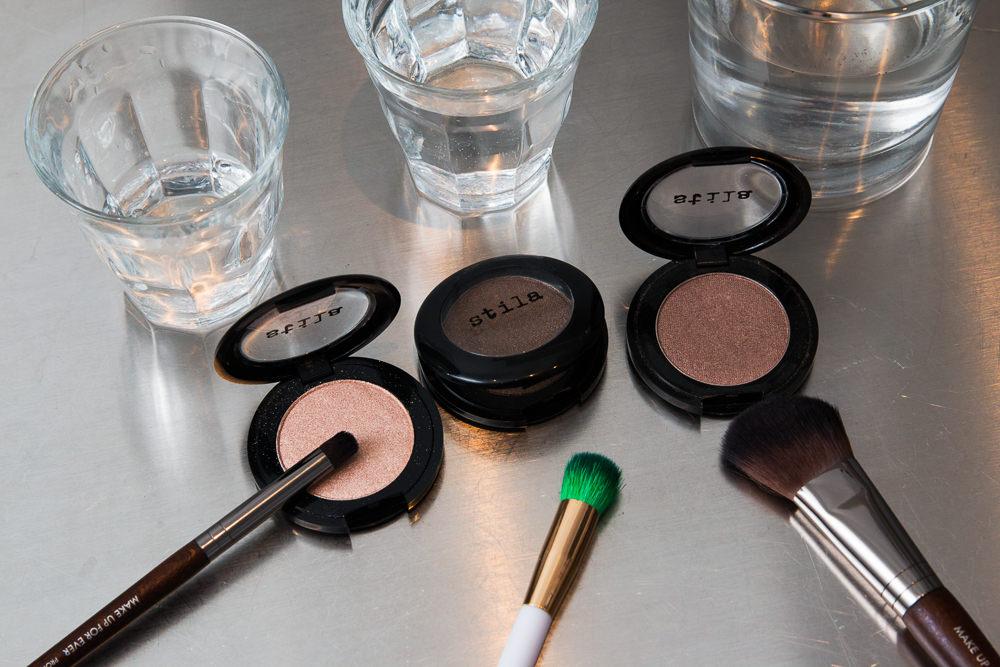 wet-to-dry-dual-intensity-eyeshadow-makeup-5