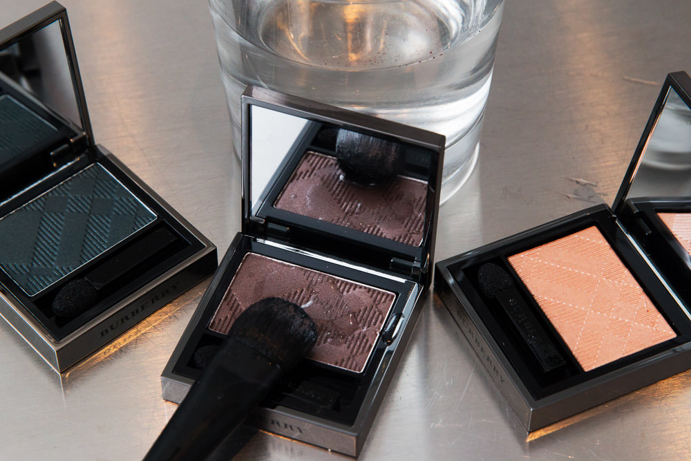 wet-to-dry-dual-intensity-eyeshadow-makeup-6