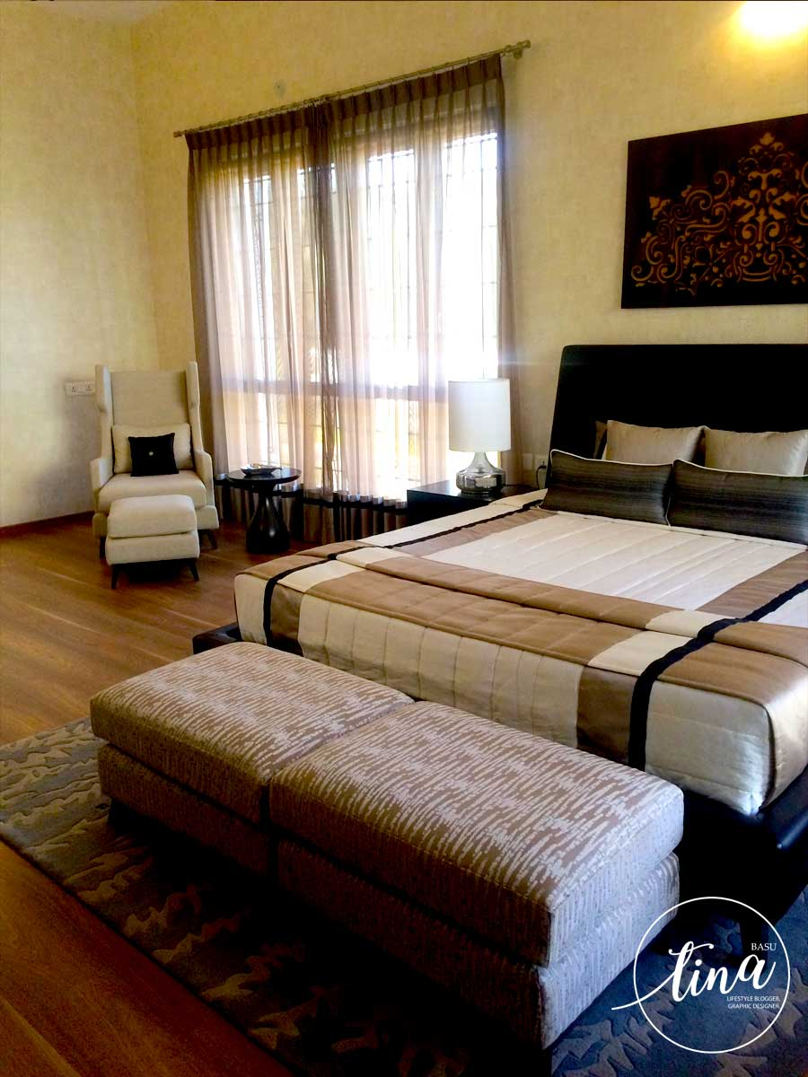 bedroom-decor-wooden-flooring-real-estate-prestige-glenwood