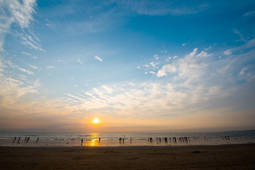 juhu-beach-walk