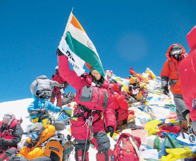 arunima-sinha-amputee-mountain-climber-mt-everest