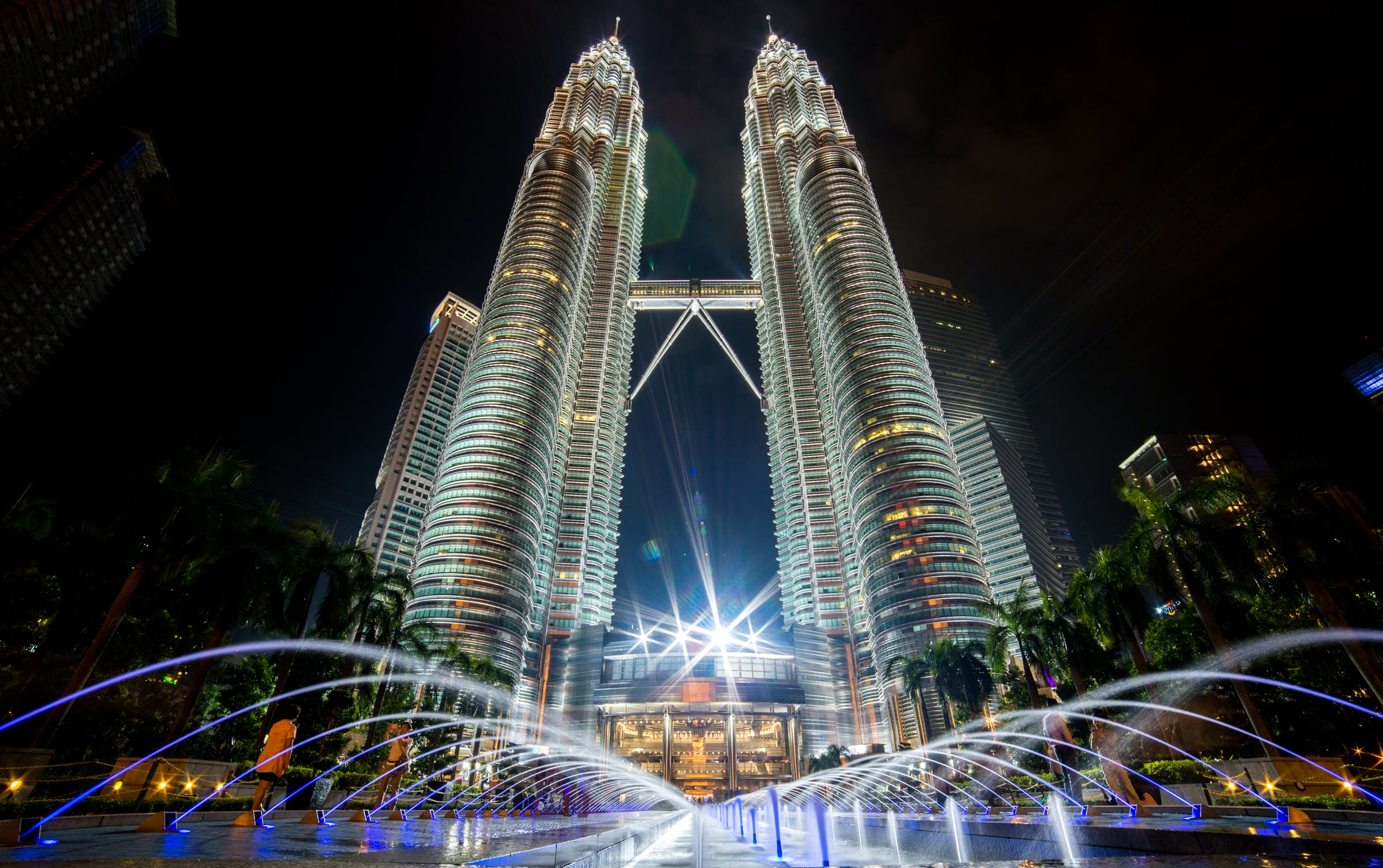 petronas twin tower - places to visit in malaysia