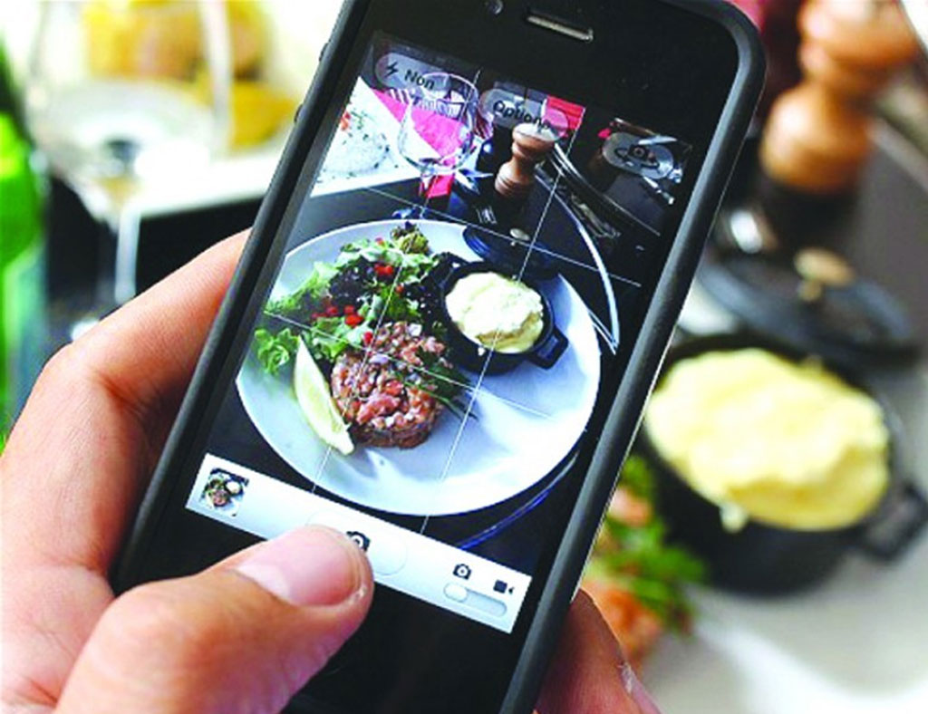 Strange Things we all do on Social Media, social media, social media addict - food photo