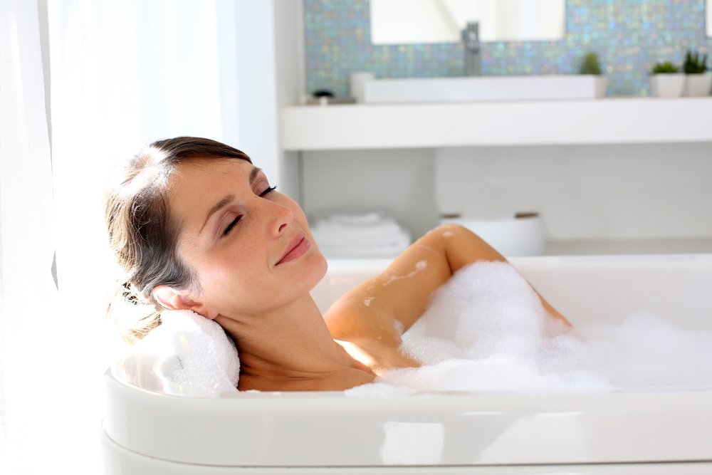 ways to manage stress - warm bath